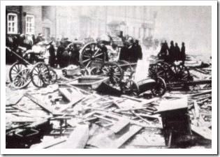 Domingo rojo (1905)