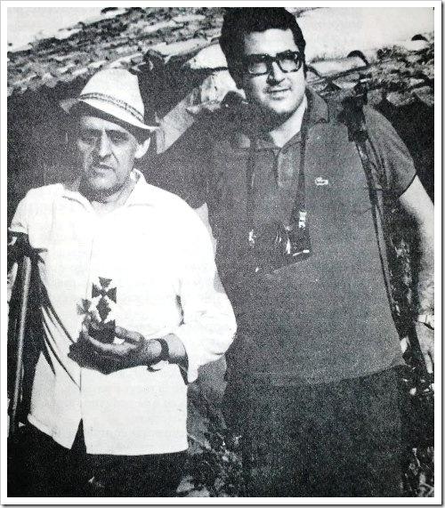 Saturnino y el periodista Manu Leguineche
