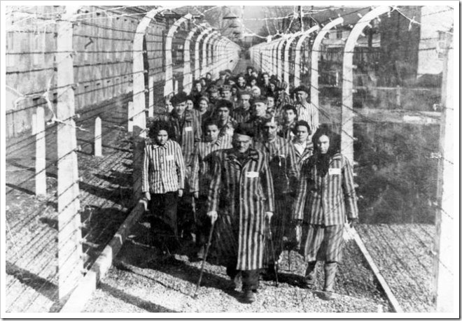 Judios en campo de exterminio