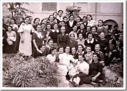 Matilde Landa y otras presas en Palma de Mallorca, 1940